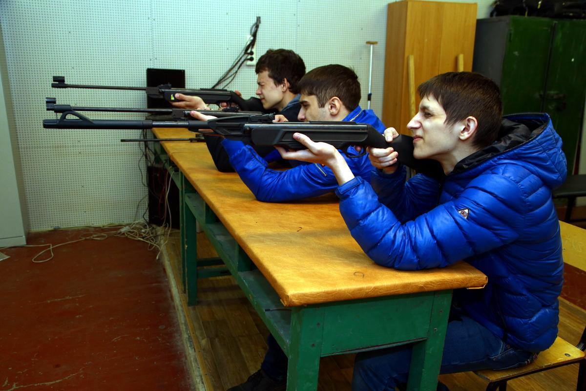 стрельба из пневматического ружья